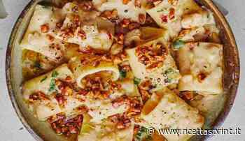Calamarata con crema di cavolfiore noci e guanciale | ricco e avvolgente - RicettaSprint