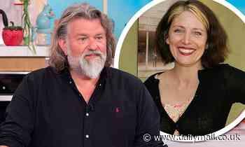 Hairy Bikers star Si King, 54, 'SPLITS from his Australian fiancée Michele Cranston'