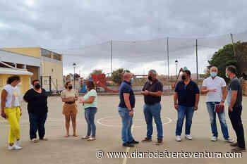 La cancha deportiva del pueblo de Tesjuate contará con un nuevo vallado - Diario de Fuerteventura