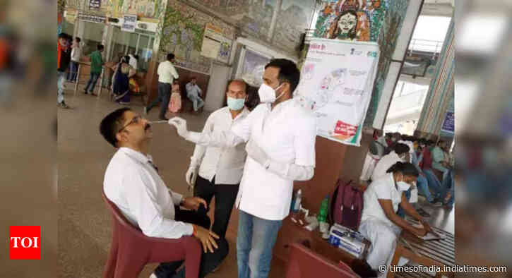 Coronavirus live updates: India reports 31,923 new cases, 282 deaths in last 24 hours - Times of India