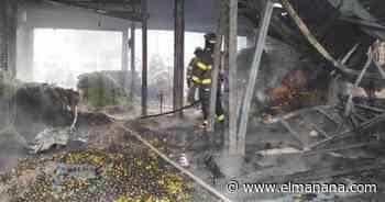 Destruye incendio populoso mercado de San Salvador - El Mañana de Reynosa