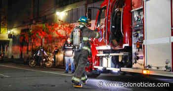 Seis puestos afectados tras incendio en el centro de San Salvador - Solo Noticias