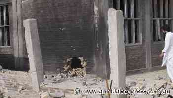 Bomb targets girls' school in Pakistan - Armidale Express