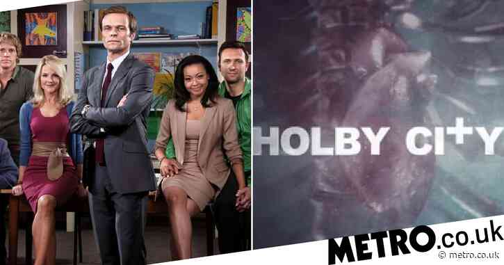 Disgruntled Holby City fans hit out at 'replacement' with Waterloo Road