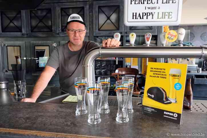 Wally serveert uitgebreid WK-ontbijt tijdens het wachten op de renners