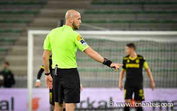 Stade de Reims - FC Nantes - Eric Wattellier arbitre de la rencontre - FC Nantes
