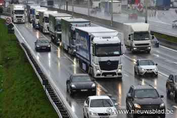 Afrit E403 wordt zaterdag twaalf uur afgesloten voor werken - Het Nieuwsblad