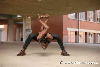 Slangenmens Papi Flex toont hoe flexibel hij is in Belgium's Got Talent: Don't try this at home - Het Nieuwsblad
