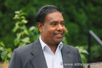 Abbotsford students 'elect' NDP's Dharmasena Yakandawela