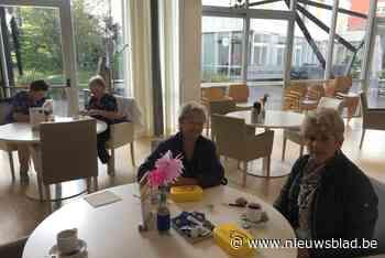 Senioren kunnen gele dozen afhalen