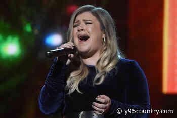 Kelly Clarkson's New Christmas Album Features Chris Stapleton, Brett Eldredge