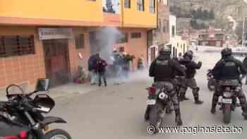 Rechazan agresiones a corresponsales de prensa internacional; Del Castillo anuncia investigación - Diario Pagina Siete