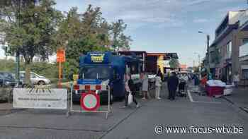 Woensdagmarkt Torhout verhuisd: marktkramers tevreden, handelaars niet - Focus en WTV