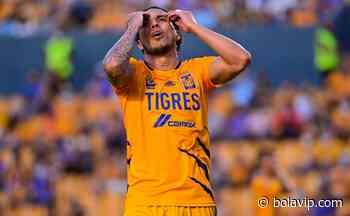 ¡Momento de pagar! Carlos Salcedo perdió una apuesta con un referente de Monterrey - Bolavip México
