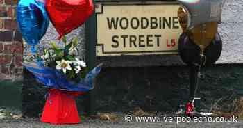 Balloons left at murder scene for 'proper legend' found dead in alleyway