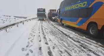 Carretera Central: tránsito se retoma lentamente entre Lima y La Oroya tras caída de fuerte nevada | VIDEO - El Comercio Perú
