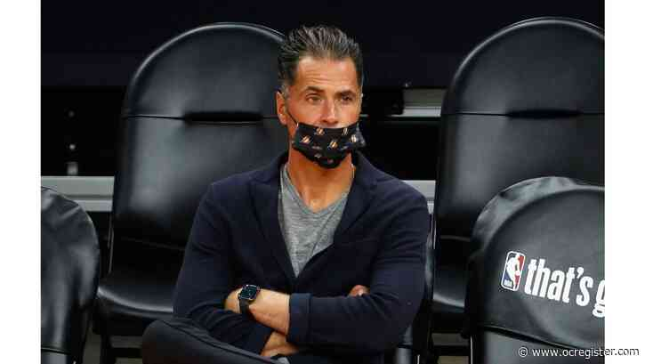 Lakers GM Rob Pelinka: Players will be fully vaccinated by Oct. 19 season opener
