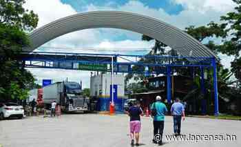 Aumenta tráfico en Corinto por cierre temporal de Agua Caliente - La Prensa de Honduras