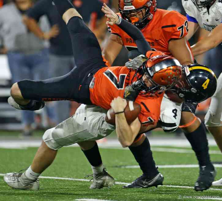 Foothill football locks up Orange's high-powered offense, improves to 5-0