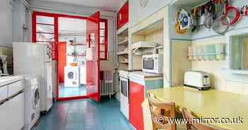 Perfectly preserved Art Deco house that hasn't changed since the 1930s up for sale