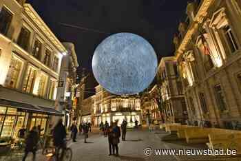Van enorme maan tot brandende toren: Lichtfestival is terug met populaire én nieuwe kunstwerken
