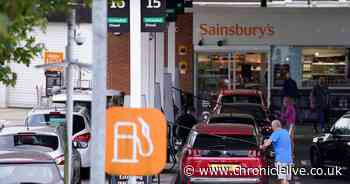 Motorists told to keep fuel tanks at least a quarter full in case petrol stations shut