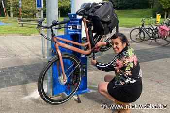Lekke band of zadel verzakt? Behelp jezelf aan openbare fietsherstelzuil