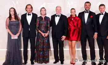Alberto de Mónaco, junto a su hermana Carolina, anfitrión de la gala la Salud Planetaria - Hola