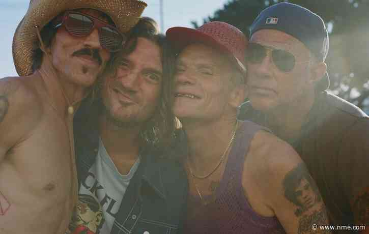 Red Hot Chili Peppers to head on 2022 world stadium tour