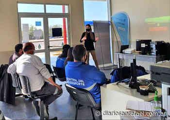 Personal de la subdelegación CNRT San Rafael se capacitó sobre discapacidad - La información justa - Diario San Rafael