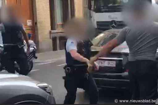Man die vijf agenten verwondde in Sint-Jans-Molenbeek blijft onder elektronisch toezicht