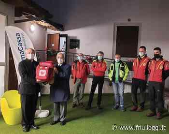 Tolmezzo, Prima Cassa dona un defibrillatore alla Casa delle esposizioni - Friuli Oggi