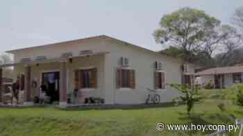 Diario HOY | Abuelitos reciben mimos en renovado hogar en Lambaré - Hoy
