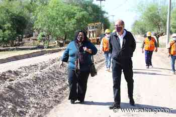 Agua para 70 familias y nueva plaza en Betania y obra de adoquinado en Cobos - Gobierno de Salta