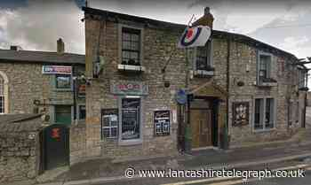 Binge-drinking 26-year-old avoids jail after breaking man's jaw in Clitheroe bar