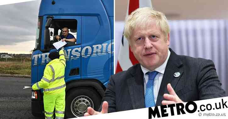 UK 'to draft in 5,000 foreign drivers' in U-turn amid panic buying and shortages