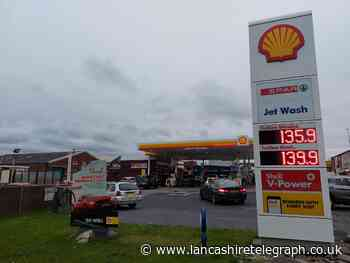 Police plea for calm following 'panic at the petrol pumps'