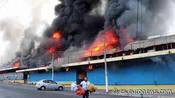 Incendio sin víctimas en un importante mercado de El Salvador - Euronews Español