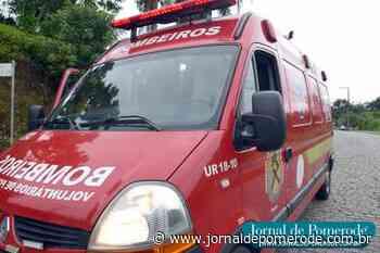 Carro colide contra bicicleta, no Centro - Jornal de Pomerode