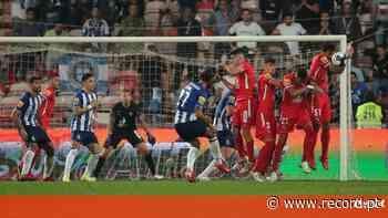 Gil Vicente-FC Porto, 1-2: recurso à bomba para furar o muro - Record