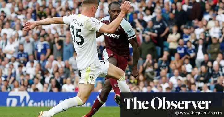Michail Antonio's late winner stuns Leeds to give West Ham victory