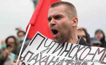 Communists stage Moscow protest against vote-rigging in Russia election