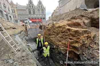 'Vies Vleshuis' moest plaatsmaken voor Lakenhallen en is na ruim 700 jaar bij verrassing weer opgegraven - Het Nieuwsblad
