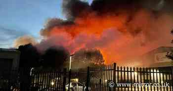 Sittingbourne fire: Huge blaze at factory with locals told to close windows and doors