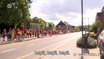 """Enorm veel Thibau Nys-fans in Tremelo: """"Dit gebeurt de eerste 50 of 100 jaar niet meer."""" - ROB-tv"""