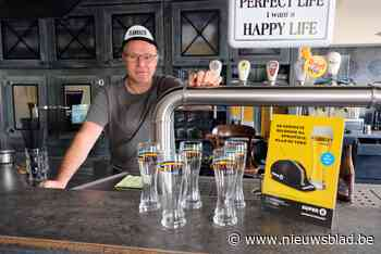 Wally serveert uitgebreid WK-ontbijt tijdens het wachten op de renners - Het Nieuwsblad
