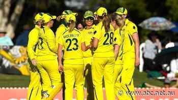 ODI live: Australia looks to seal ODI sweep against India