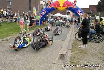 """Handbikers rijden voor To Walk Again: """"Samen sporten doet zo ongelooflijk veel deugd"""""""
