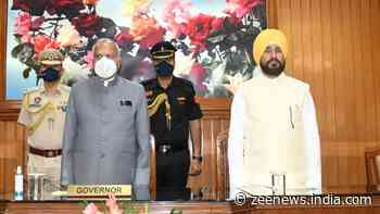 Oath taking ceremony of Charanjit Singh Channi-led Punjab Cabinet today, 7 new faces likely