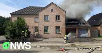 Dubbele garage naast woning in Westerlo brandt volledig uit - VRT NWS